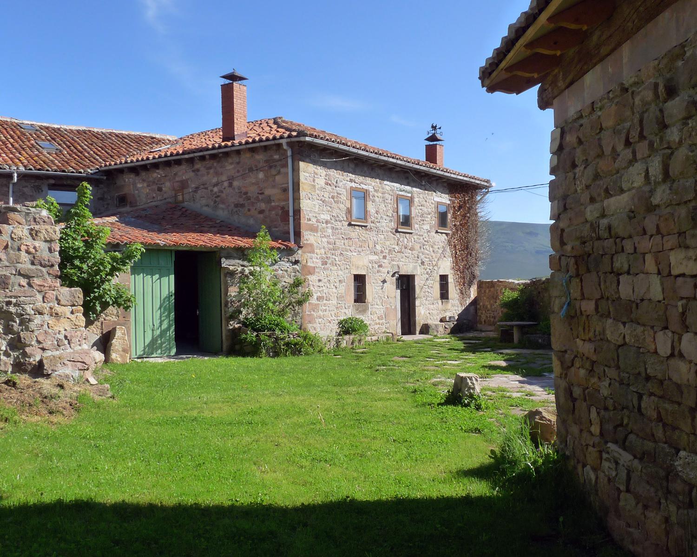 Alojamiento totalmente reformada en 2018 - Casas rurales montana palentina ...